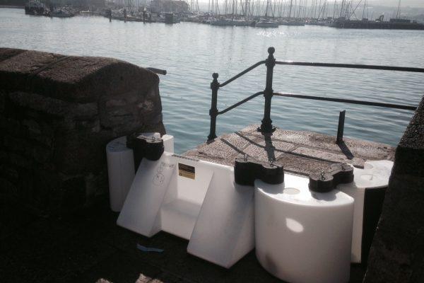 Plymouth-Hochwasserschutzbarriere